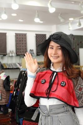 薩摩こんしぇるじゅ。×大瀬商店 大島紬羽織赤バージョン画像
