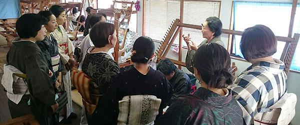 大島紬工場見学風景画像1
